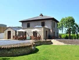 Strickland Manor, sleeps 16 in Penrith.