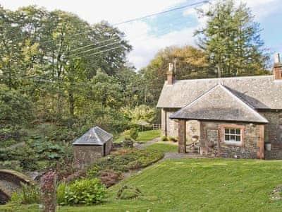 Gardener's Cottage thumbnail 8
