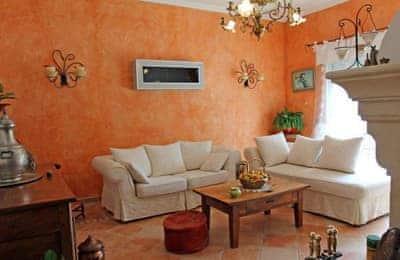 Salon De Provence thumbnail 7