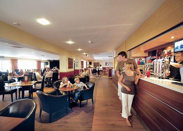 Tam O'shanter lounge restaurant/bar