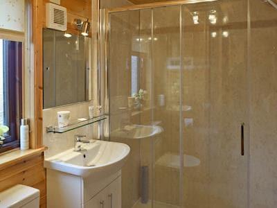 Bathroom | Brook Lodge - Burnside Park, Keswick