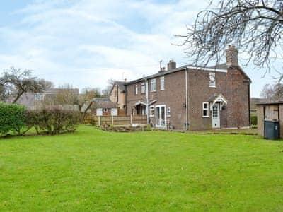 Chorlton Moss Cottage thumbnail 1