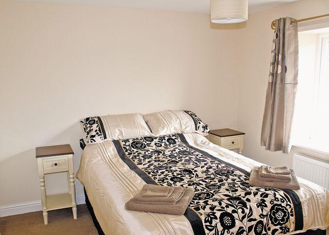 Courtyard Flat double bedroom