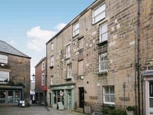 Paikes Lane Apartment