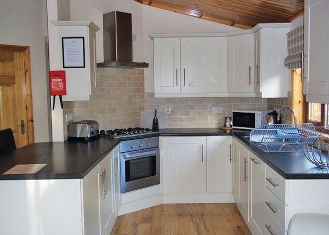 Oak Lodge kitchen
