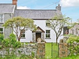 Murton Farm Cottage, sleeps 6 in Gower Peninsula.