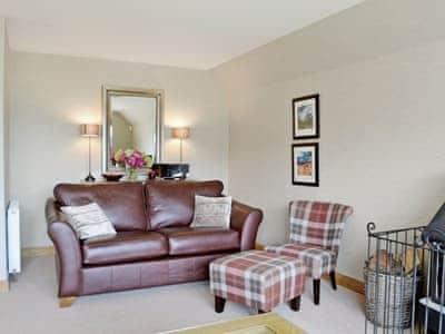 Lochnagar Lodge thumbnail 3