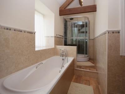 C4Y-25484-https://img.chooseacottage.co.uk/Property/829/400/829357.jpg