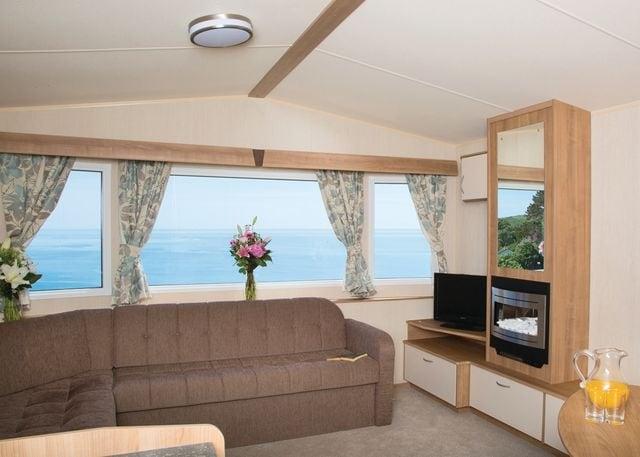 Savoy Caravan lounge