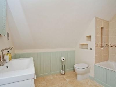 C4Y-25885-https://img.chooseacottage.co.uk/Property/843/400/843493.jpg
