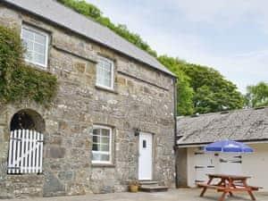 Gellifawr Cottages - Bwthyn