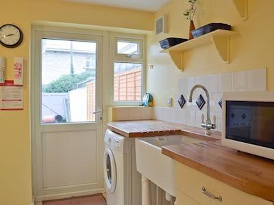 Silver Terrace Cottage thumbnail 4