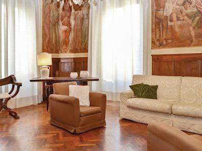 Palazzo Apartment thumbnail 2