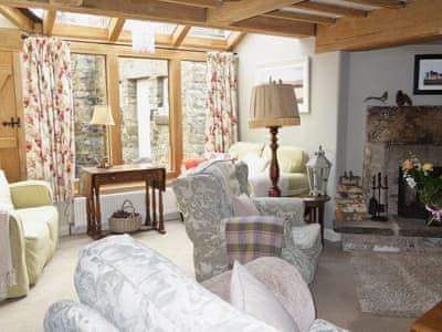 Acorn Cottage thumbnail 3