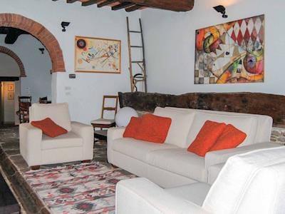 Casa Bucine thumbnail 1