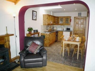 Hillseaview Cottage thumbnail 3