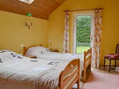 Dye Mill Cottage thumbnail 5