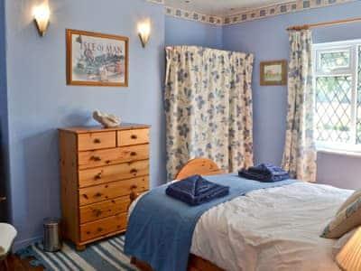 Isabella Cottage thumbnail 5