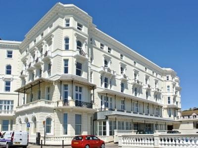 The Queens Apartment