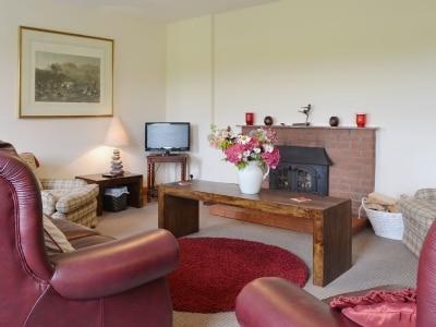 Rose Cottage - Beaufort Estate thumbnail 1