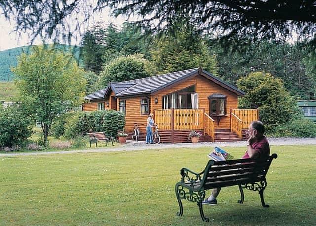 Tima Log Cabin
