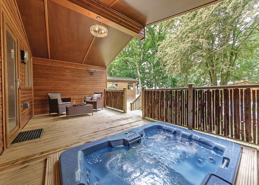 Juliet Lodge Bluewood Lodges Lodges Book Online Hoseasons