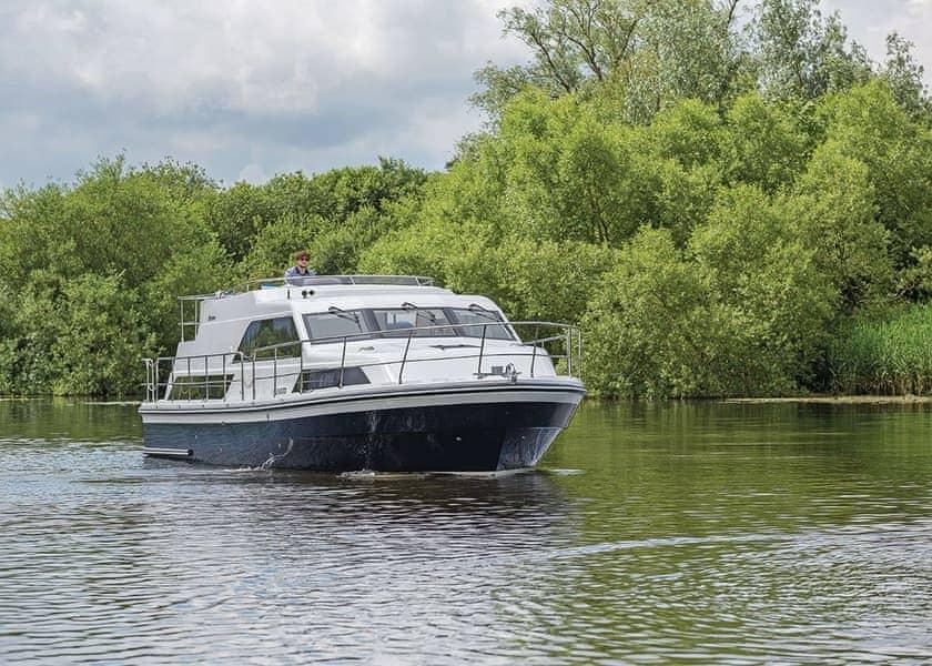 Broom Explorer Boat Hire