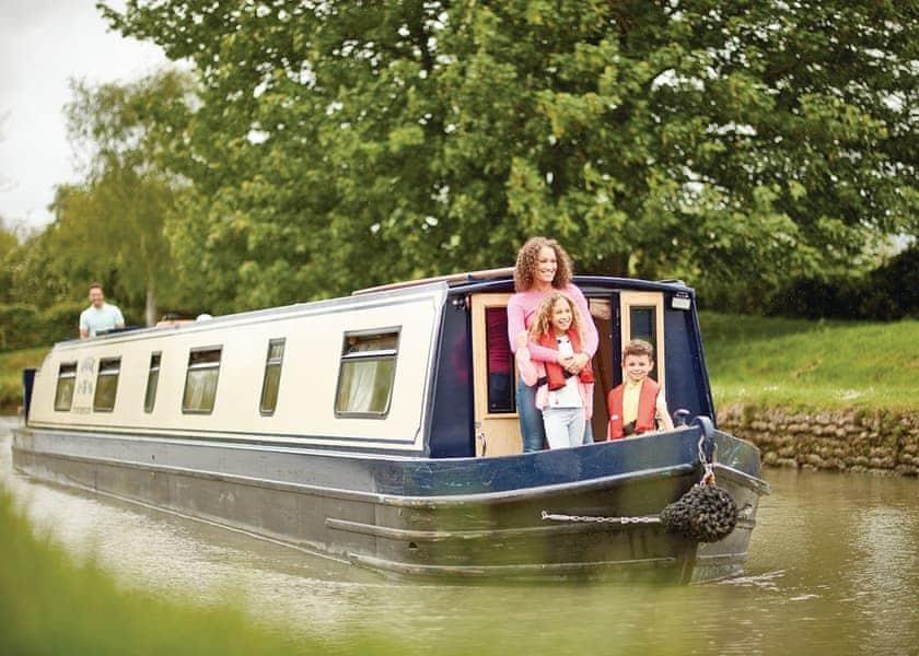 Maggie Boat Hire