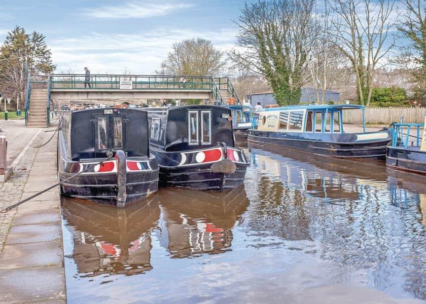 Oxford - Eynsham Boat Hire