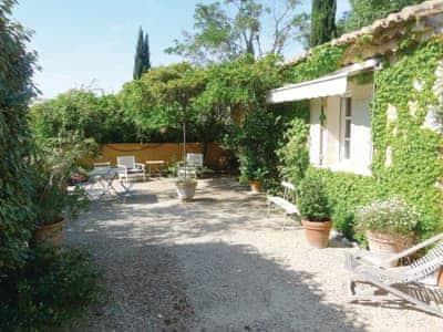 Les Baux De Provence thumbnail 4