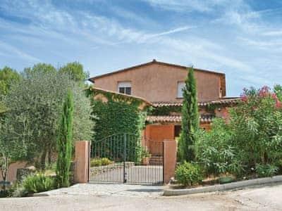 Villa Le Rouret thumbnail 4