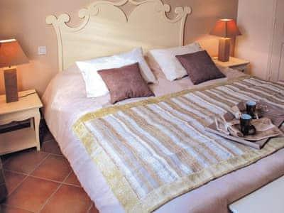 2 Bedroom Villa With Pool V4.5 thumbnail 8