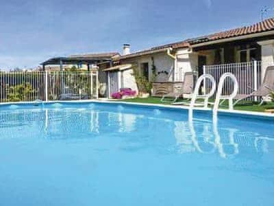 Photo of Villa De Vacances