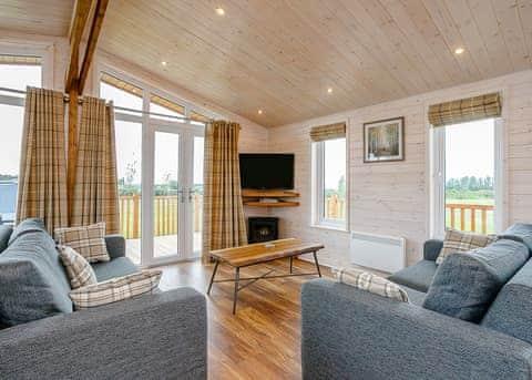 Field View Lodge (Pet)