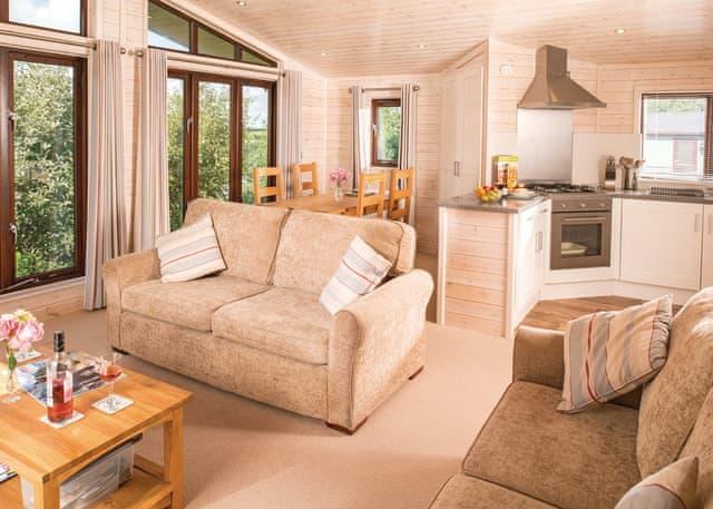 Lindale Pine Lodge