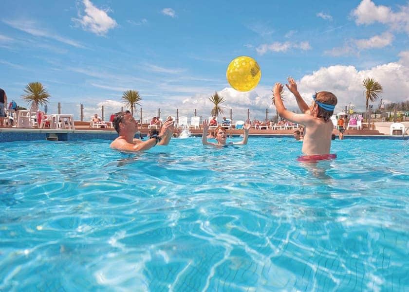 Littlesea holiday park in weymouth dorset holiday parks - Swimming pools in weymouth dorset ...