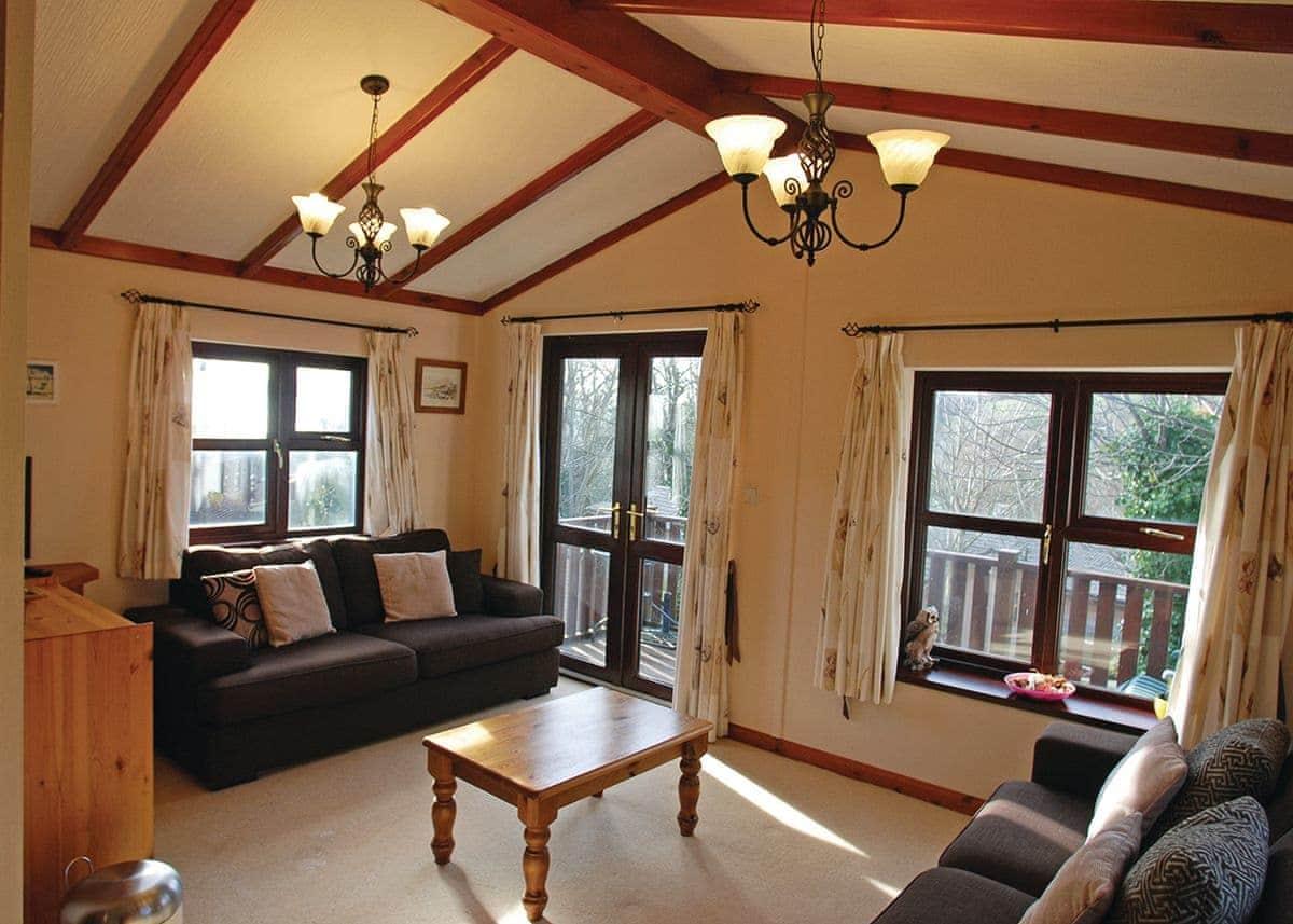Kingfisher Lodge 18