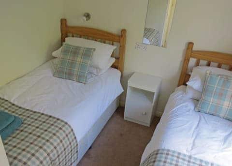 Kingfisher Lodge 9