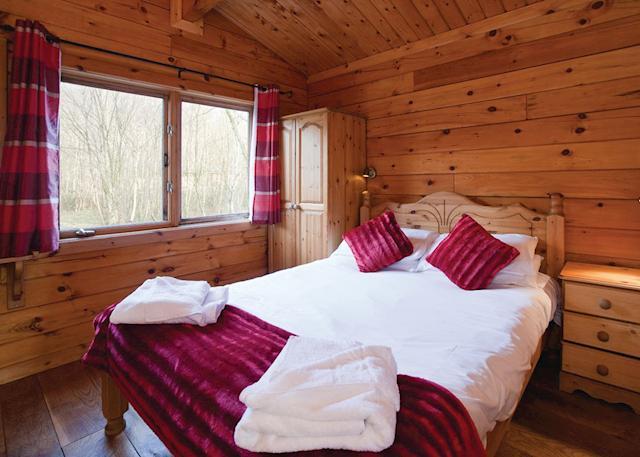 Squirrel Log Cabin 4