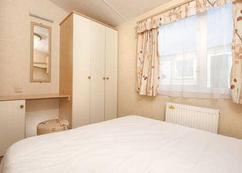SG 2 Bed Bronze Caravan Pet