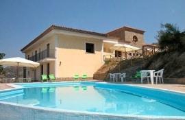 Villa Il Pino, sleeps 24 in Amalfi Coast.