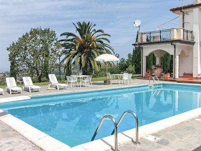 Villa Carola thumbnail 1