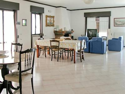 Villa Carola thumbnail 2