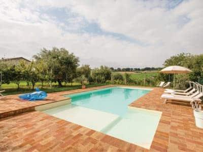 Villa Dei Girasoli thumbnail 1