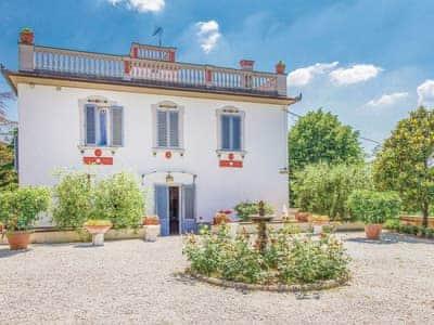 Villa Ermanzia thumbnail 4