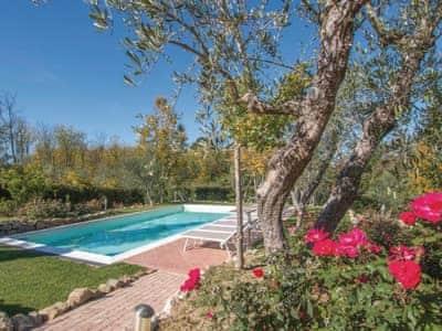 Villa Valle D'oro thumbnail 3