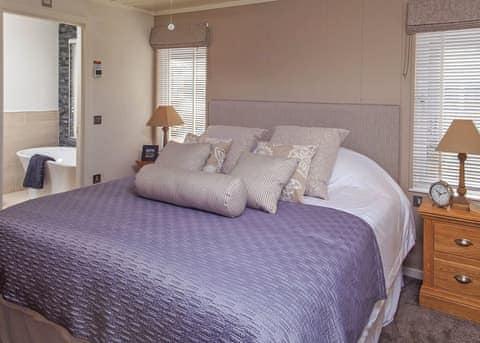 Whitcomb 3 Bed Lodge