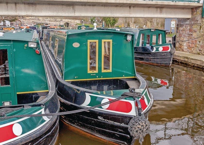 Wootton Wawen Boat Hire