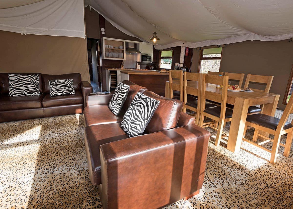 Safari Tent 3