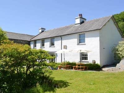 Luxurious 18th-century farmhouse   Souterstead, Torver, near Coniston